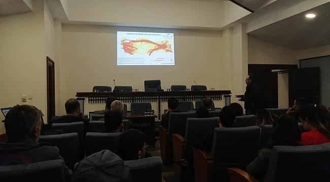 Belediye personeline deprem semineri
