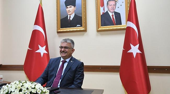 Vali Ersin Yazıcı,