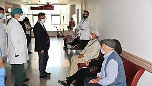 Rektör İlter Kuş, Üniversite Hastanesinde incelemelerde bulundu