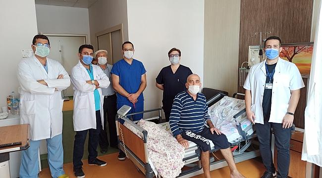 BAÜN Hastanesi'nde uyanık beyin ameliyatı yapıldı
