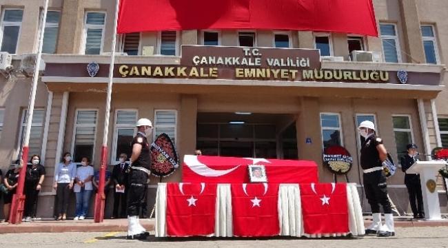 Şehit Polis Türkmenoğlu Edremit Çamcı'da toprağa verildi